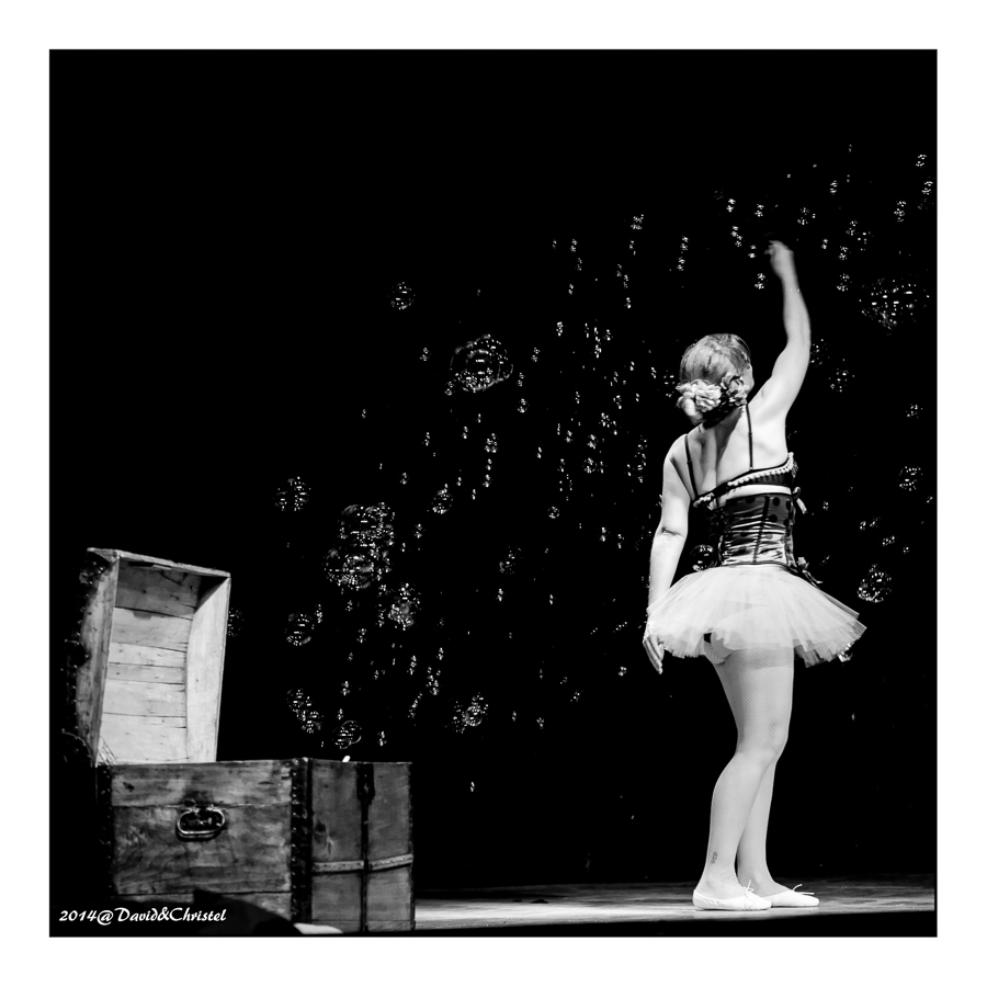 show burlesque 21