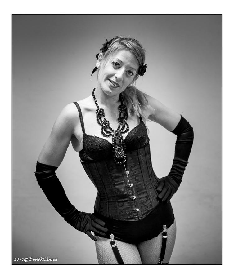 show burlesque 25