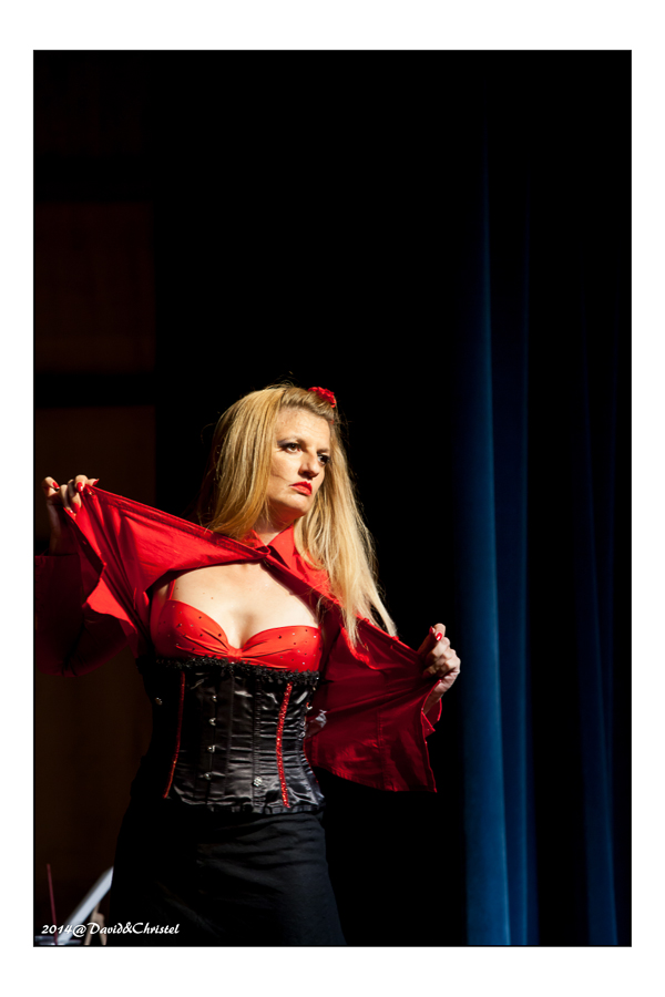 show burlesque 44