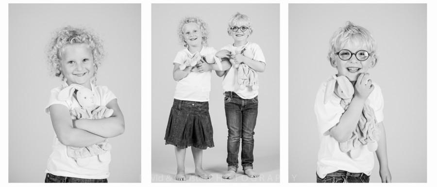 portrait d'enfants en noir et blanc