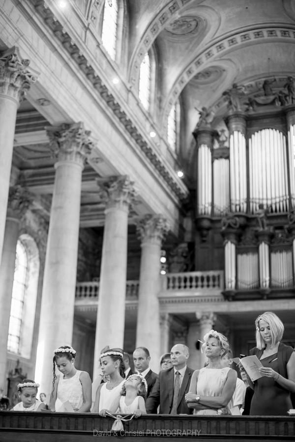 photo des invités pendant la cérémonie