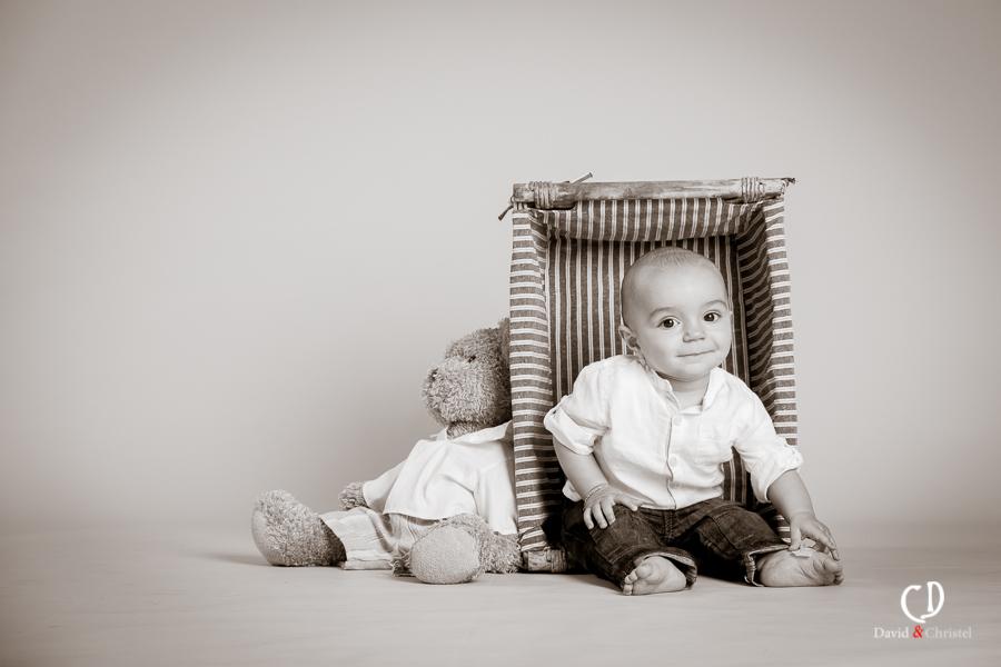 bebe et doudou en photo