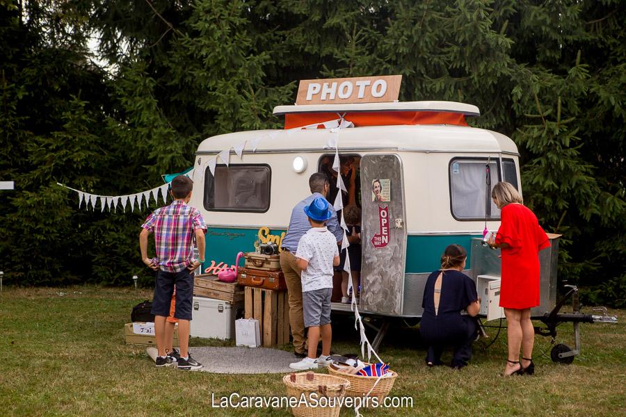 la caravane photobooth ou photo cabine pour votre mariage. Black Bedroom Furniture Sets. Home Design Ideas